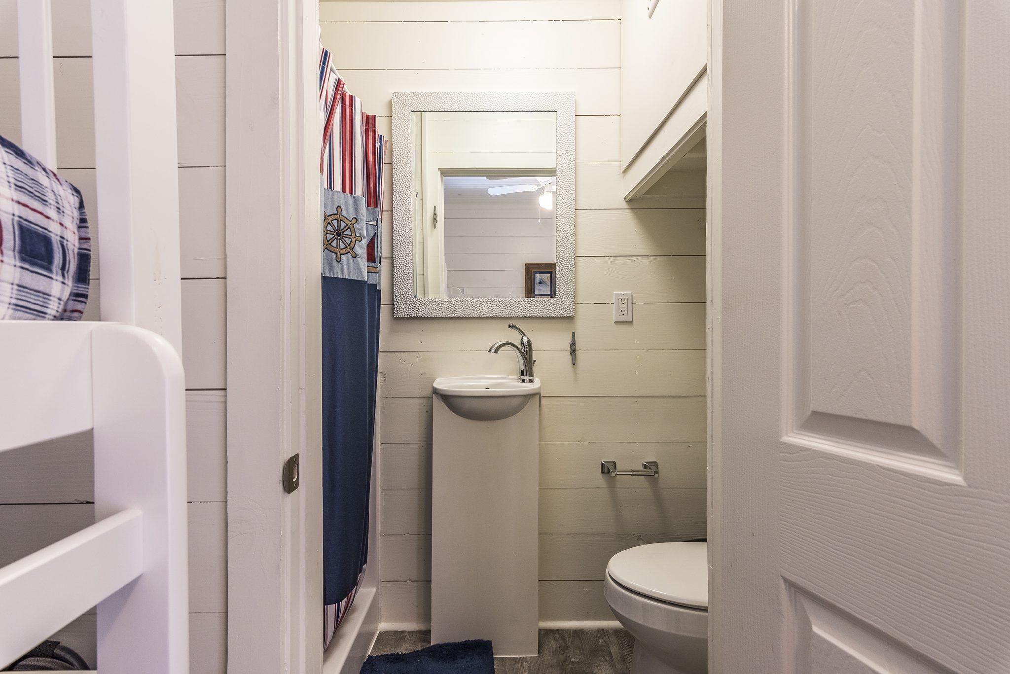 BW Spoonbill Cottage Bath
